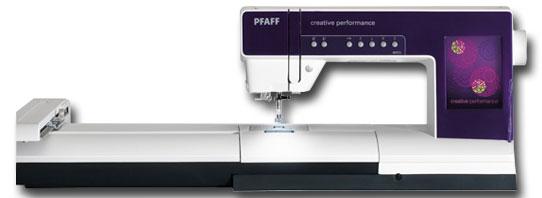 Stickmaschinen im Vergleich: Pfaff creative performance